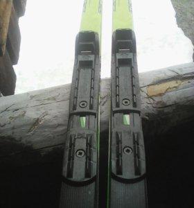 Лыжи и палки(комплект)