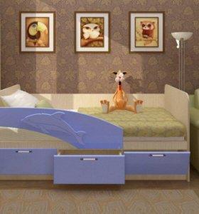 Кровать голубая блестки