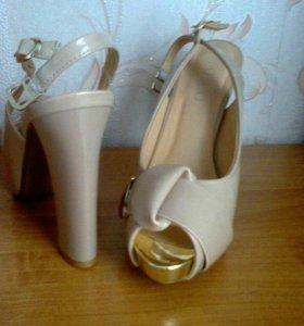 Туфли 39 размер, каблук 12 см