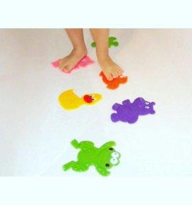 Мини-коврики (липучки) в ванну