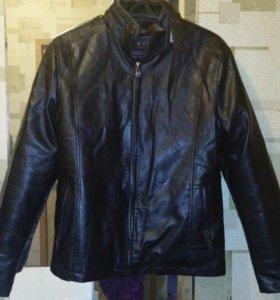 Мужская кожаная куртка новый 46-48