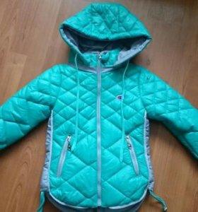 Куртка девочке весна-осень на 110-116см. Новая