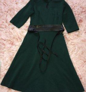 Платье,46-48,ткань кукуруза.