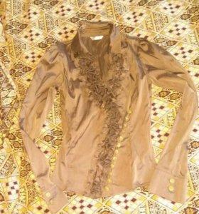 Блузка цвета капучино