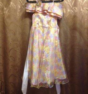 Платье для девочек. 90