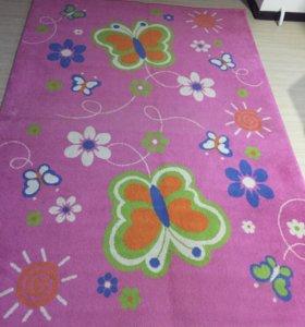 Продаю ковёр в детскую комнату