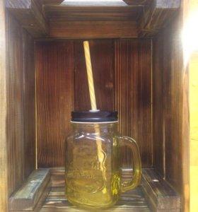 Банка с ручкой и трубочкой для смузи и напитков