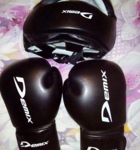 Продам перчатки и шлем для борьбы