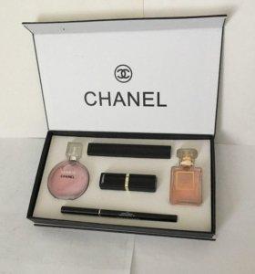 Популярный парфюмерно-косметический набор