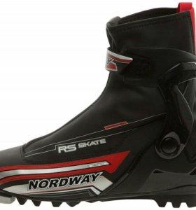 Лыжные ботинки Nordway RS Skate PRO  40 размер