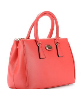 Новая сумка красного цвета