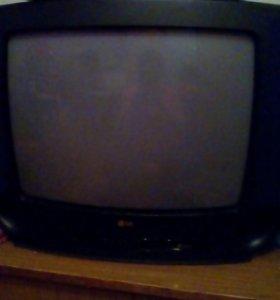 Телевизор LG .