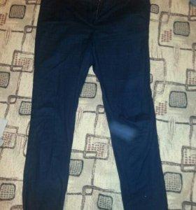 Темно-синие новые брюки