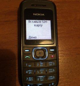 Телефон Nokia 1208 фонарик