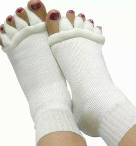 Носочки от косточки на ноге