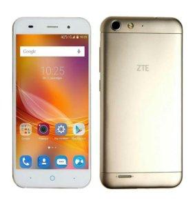 Телефон ZTE Blade X7 Gold