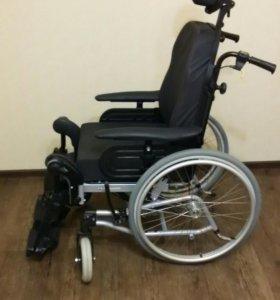 Инвалидной кресло-каталка Rea Clematis