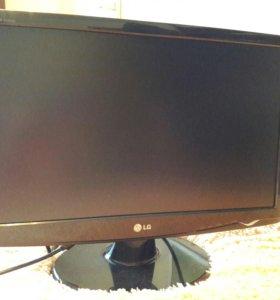 """монитор LG W2243S 22"""""""