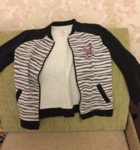 Курточка для девочки 10 лет.