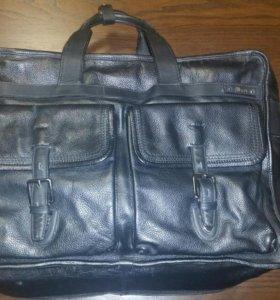 Кожаная дорожная сумка БУ
