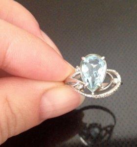 Кольцо серебро, топаз,фианиты