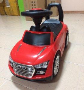 Детская красная машинка каталка толокар для малыша