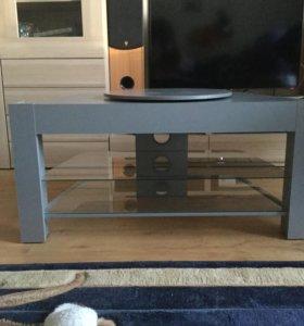 Стол для телеаппаратуры