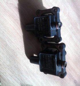 Катушки на Мерседес Бенц W 210-111 мотор.