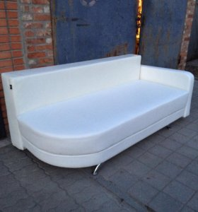 Продаю кожаный диван