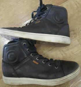 """Демисезонные ботинки""""ecco"""""""