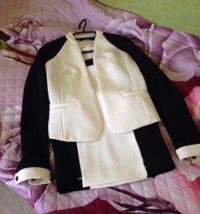 Костюм женский ( юбка+ пиджак), блузка- в подарок)