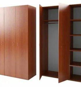 Шкаф трехстворчатый цвет орех состояние отл.