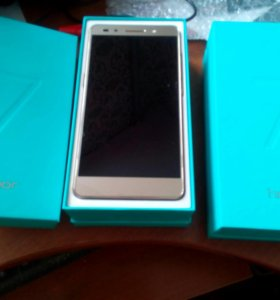 Новый Huawei Honor 7 Premium Gold 32 GB/2 sim/LTE