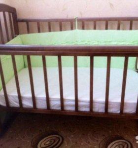 Кровать-качалка с матрасом