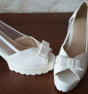 Обувь р 37-38