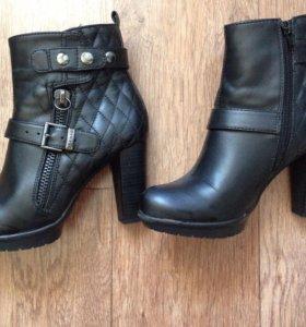 Ботинки на весну новые Carnaby