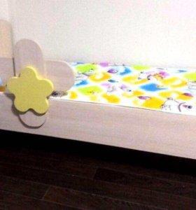 Кровать детская цветок
