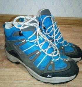 Трекинговые ботинки водонепроницаемые Quechua