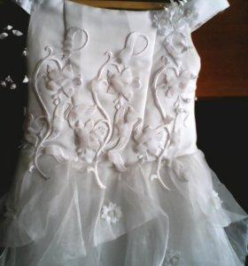 Платье на выпуской возрост6-7 лет