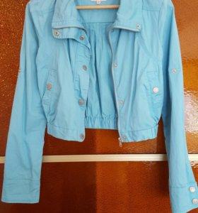 Укороченная куртка zolla
