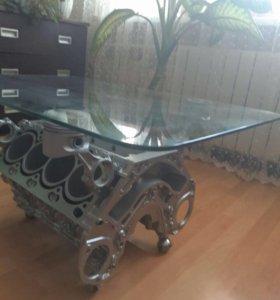 Стол из двигателя V8 мерседес