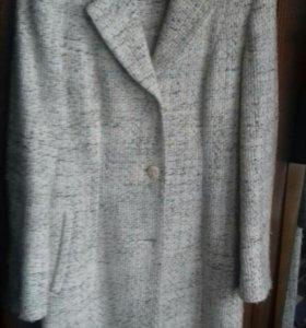 Пальто. Размер. 44-46