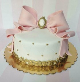 Шикарные торты на заказ