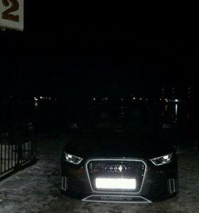 Автомобиль Ауди RS Q3