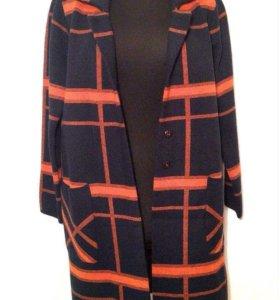 Вязаное пальто-кардиган