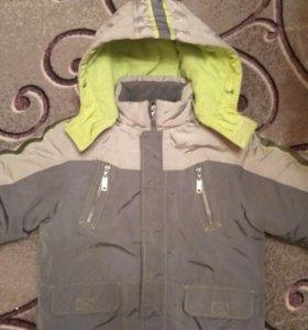 Куртка. На 7-8 лет