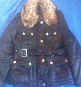 Куртка (воротник-натуральный мех).