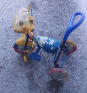 Детское трехколесний велосипед