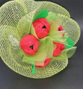 Букет тюльпанов с конфетами.