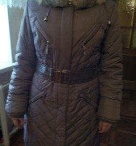 Пальто на синтепоне,натуральный мех